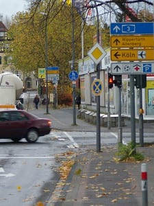 Radweg Richard-Zanders-Straße/Cederstraße