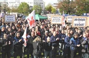 Update: Protest gegen Massenentlassung bei Zanders