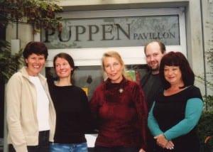 Heide Hamann (Mitte) und das Team: Anny Krumbe, Nanda Tillmann, Gerd J. Pohl, Gundula Mehlfeld: Foto: Helga Niekammer