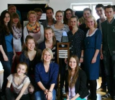Junges Ensemble am THEAS feiert Geburtstag – und BOPP
