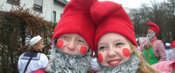 Karneval zwei zwerge quer