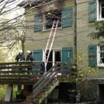 Zwei Tote nach Brand in leerstehendem Gebäude gefunden