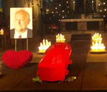 """Fritz Roths Erben gründen Stiftung """"Trauer ist Liebe"""""""