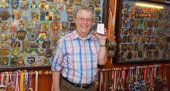 Hans Hachenberg liebte jeden seiner Orden. Er sammelte sie in seinem Keller.