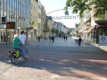 03_Offiziell_noch_tabu_Radfahren_in_der_Fussgaengerzone
