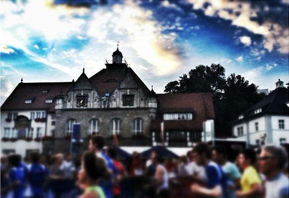 Start vor dem Rathaus. Ein Instagram-Foto von KA_OK