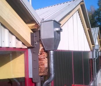 Dach der Belkaw-Arena muss saniert werden
