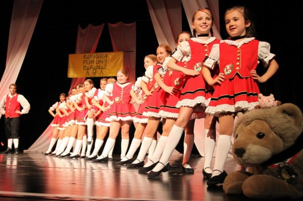 Die Strunde Pänz bei ihrem Auftritt 2011