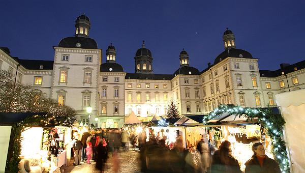Weihnachtsmarkt Schloss Bensberg 600