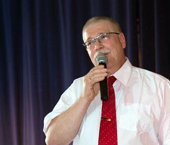 Helmut Busch bei seiner letzten Entlassfeier 2013