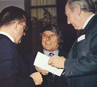"""Franz Weissenberger mit Krämer und Architekt Henn. Foto: """"10 Jahre Weissenberger KG - eine Firmengeschichte"""""""