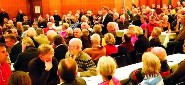 Die erste Bürgerversammlung im Bergischen Löwen