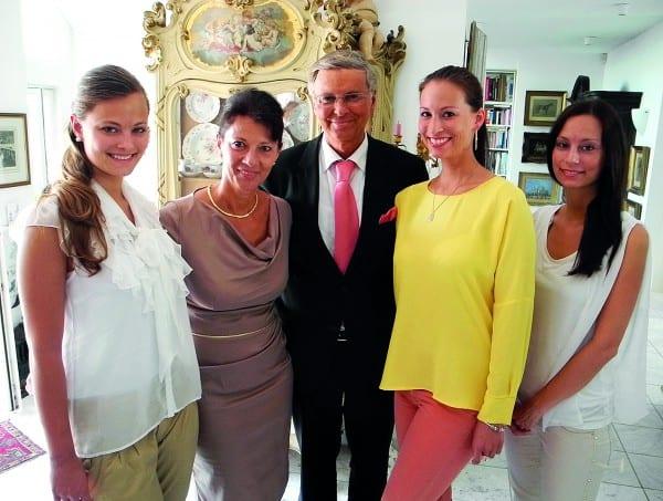Sabine und Wolfgang Bosbach mit den Töchtern Caroline, Natalie und Viktoria