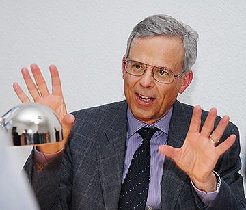 Jörg Krell deutet an, wieviel Prozent die FDP mindestens holen kann