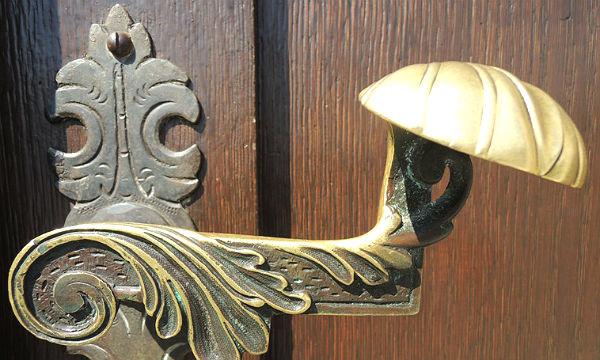 13 Klinke der Rathaustür 600
