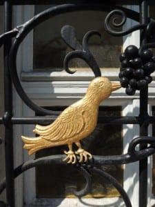 7 Vogel am Rathaus-Schmiedeeisen