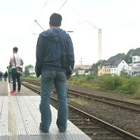 Bahn koppelt  Bergisch Gladbach ab