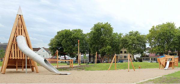 Spielplatz Tannenberg Pano 600