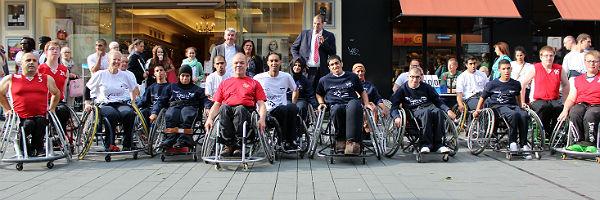 2014-09-12 Rollstuhlbasketballteam Gruppenbild 600