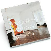 Helga Mols präsentiert Kunstkatalog im Kulturhaus Zanders