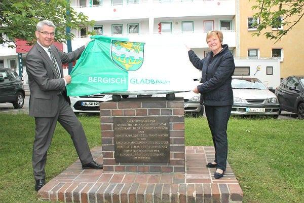 Maria Theresia Opladen und Lutz Urbach in Kippekausen