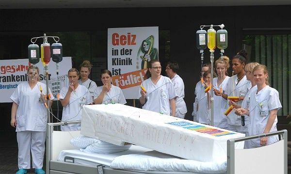 Pflegerinnen des MKH machen auf die schwierige Lage aufmerksam