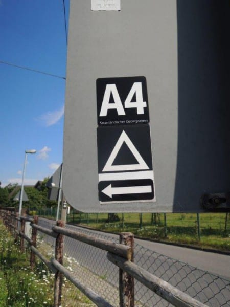 6 Wanderzeichen Dreieck