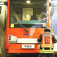 Feuerwehr probt Einsatz bei KVB-Unfall im Tunnel