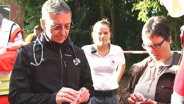 Dr. René Drouven leitet das Ärzteteam in Sand