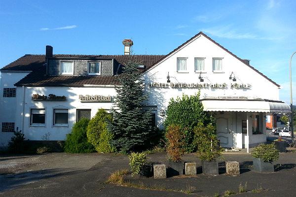 """Im ehemaligen Hotel """"Haus Pohle"""" in Bergisch Gladbach Schildgen sollen Flüchtlinge untergebracht werden"""