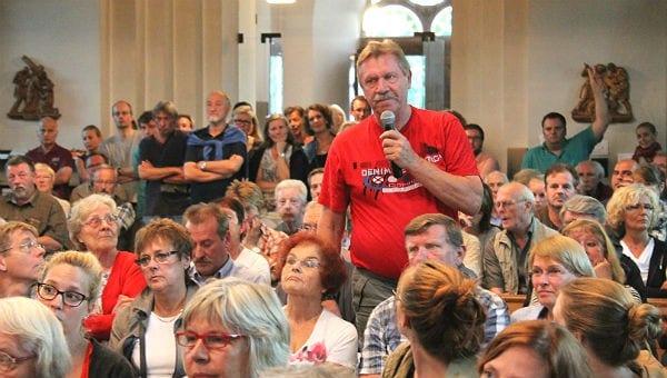 Aus dem Publikum kamen viele Fragen - und Angebote.