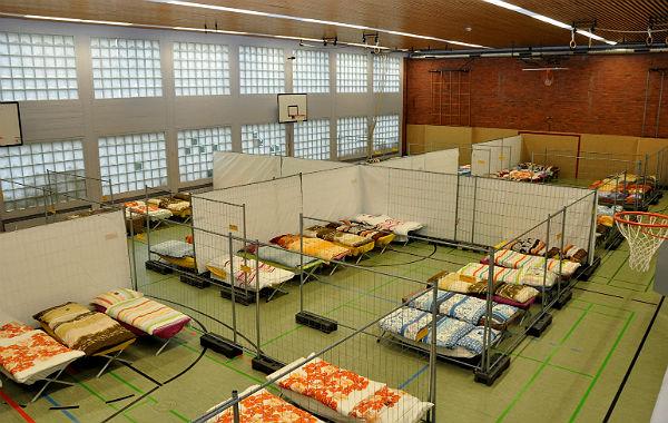 Flüchtlinge Rösrath Freiherr_vom_Stein_Gymnasium 600
