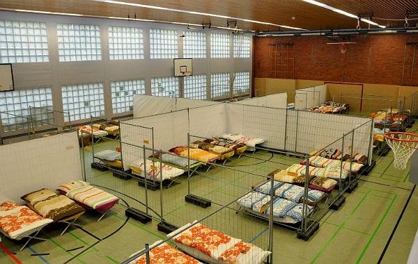 100 Betten stehen im Rösrather Freiher-vom-Stein-Gymnasium in Rösrath bereit