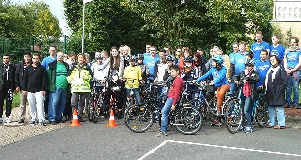 Fahrrad-Aktion der Flüchtlingshelfer in Schildgen