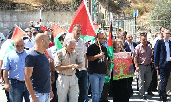 Bürger aus Beit Jala protestieren gegen den Mauer-Bau