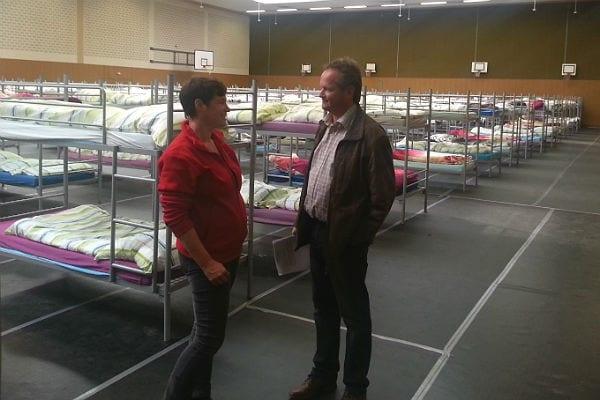 Flüchtlinge Feldstraße 25 10 600 Besprechung