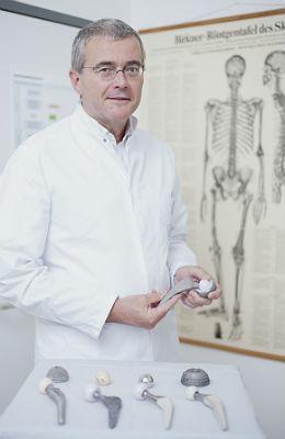 Dr. Andreas Schmidt, Chefarzt der Orthopädie am MKH