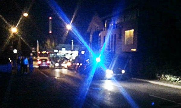 polizei blaulicht nacht 600 hdr