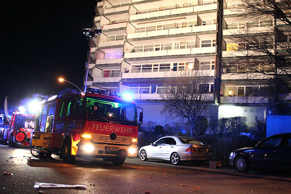 Feuerwehreinsatz in der Reginharstraße Silvester 2015