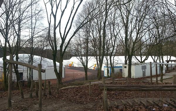 Die Hallen in Katterbach können bis zu 390 Menschen beherbergen
