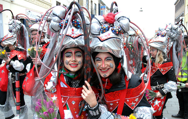 Karnevalszug BGL 2016 25 600