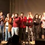 Ehrenamtler, Musiker und Flüchtlinge feiern in Schildgen