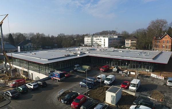 Der Neubau am Gronauer Kreisel vom Schuhcenter aus gesehen.