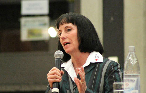 Ingeborg Schmidt, Kreisvorsitzende des DRK mit inzwischen sehr viel Erfahrung bei der Betreuung von Flüchtlingen
