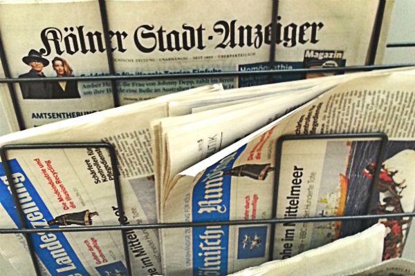 Mit dem Kölner Stadt-Anzeiger und der Bergischen Landeszeitung kann man in RheinBerg zwei Lokalzeitungen kaufen, aber die Inhalte sind gleich
