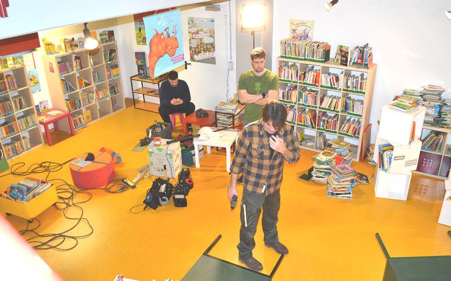 Das ZDF-Team in der Kinderbücherei Paffrath