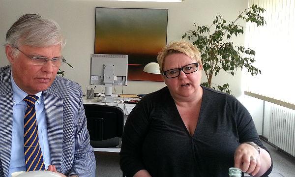 Beate Schlich, Fachbereichsleiterin Jugend und Soziales, verteidigt den hohen Betreuungsstandard