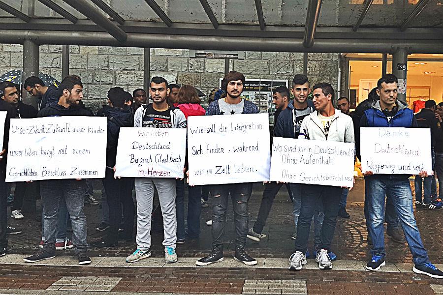 fluechtlinge demo hdr 1 900
