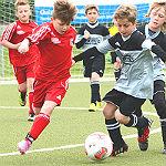 Fußball: Entscheidungen am Pfingstwochenende