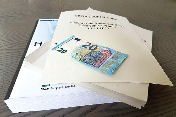 20 Euro pro Sitzung können Ratsmitglieder zusätzlich abrechnen.